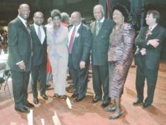 (l to r) Hezekiah Jackson, Johnathan Austin, Juandalynn Givan, Judge Houston Brown, Mayor William Bell, Commissioner Sandra Little Brown