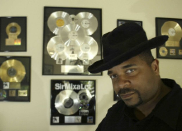 Sir Mix-a-Lot to Update 'Baby Got Back' with Seattle Symphony