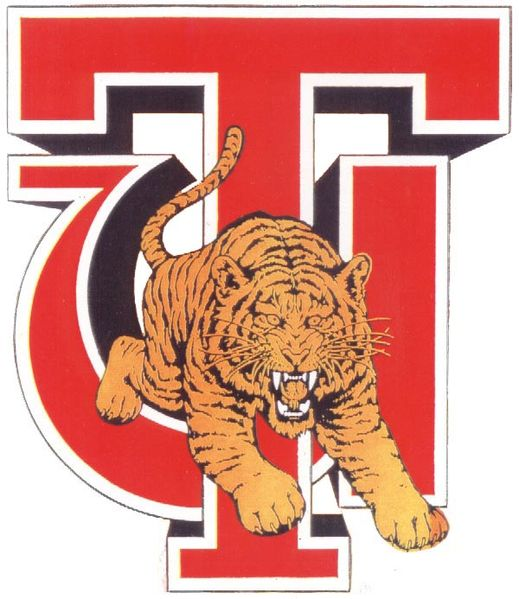Tuskegee University Alumni Host Area Freshmen