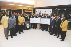 Lincoln Motor Company presented the Alpha Phi Alpha Fraternity with $25,000 as part of the Divine Nine Driven to Give program, designed to support local communities while teaming up with historic African-American Greek-letter groups. Those in attendance included members of the Alpha Phi Alpha fraternity, its local Miami Chapter Beta Beta Lambda and the Alpha Phi Alpha Education Foundation.  (Photo Credit: Frank Micelotta