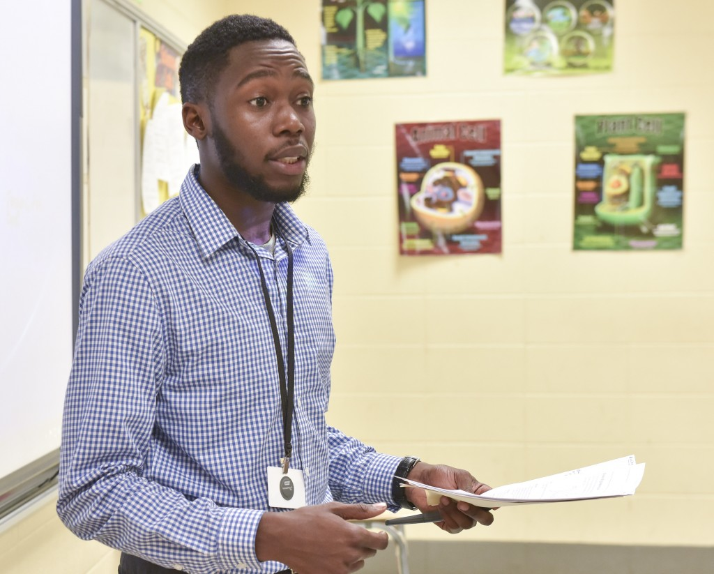 Chris Mosely teaches a 7th grade pre-AP Biology class at Hudson K-8 in Collegeville. An initiative had been launched to recruit African American male teachers to Birmingham City Schools. (Frank Couch/The Birmingham Times)