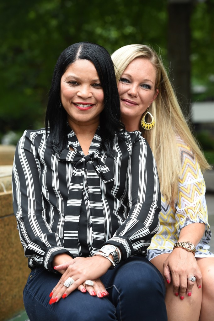 Shanda Whitten (right) donated a kidney to Angela Johnson (left) and gave Johnson a second chance at life. (Mark Almond, special to The Times)