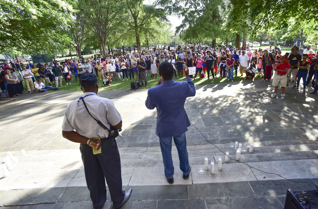 Birmingham City Council President Jonathan Austin speaks to the crowd. A solidarity protest and march held at Kelly Ingram Park saw hundreds of people listen to speakers, chant and march to Birmingham Police Headquarters. (Frank Couch / The Birmingham Times)