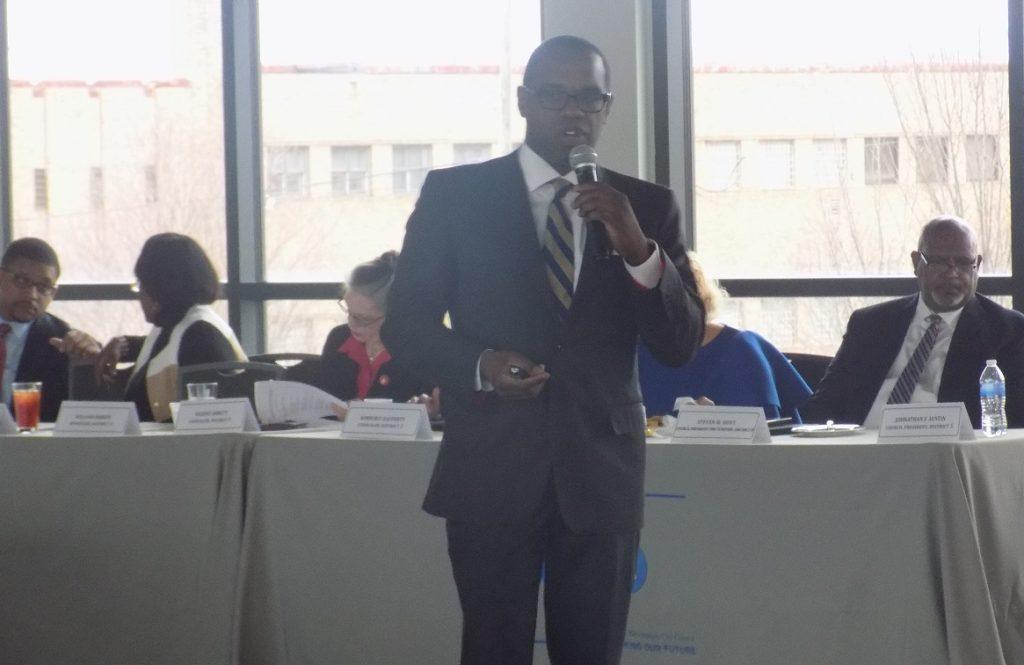 City Council President Johathan Austin speaks during Tuesday's legislative agenda meeting. (Monique Jones, The Birmingham Times)