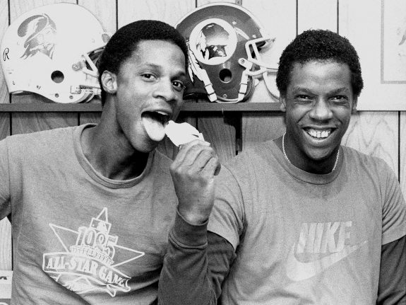 In the first nine years of his career, Darryl Strawberry, left, hit between 26 and 39 dingers, and won a World Series in 1986.