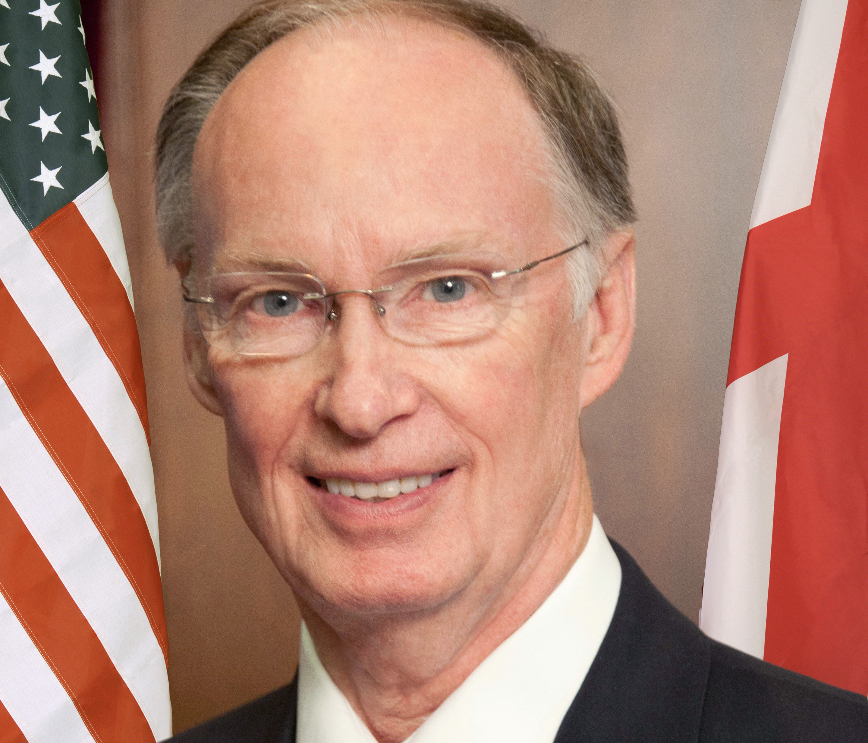 alabama governor robert bentley resigns, pleads guilty to