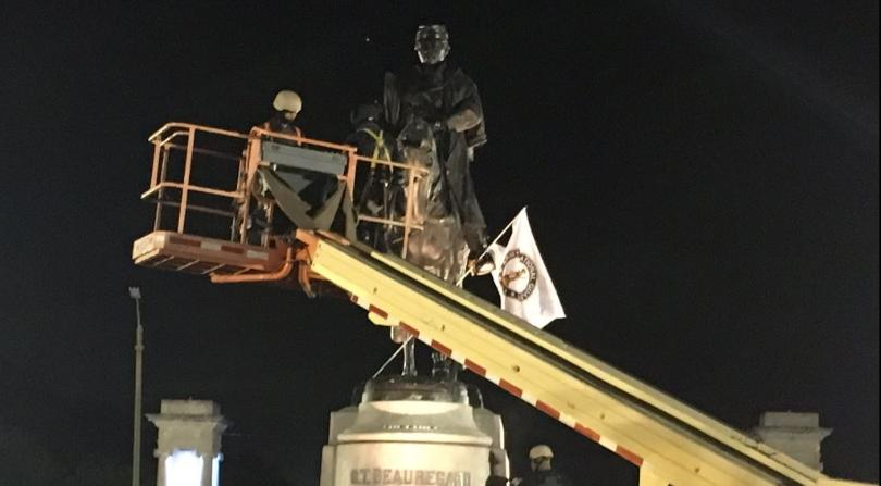 Baltimore mayor eyes removal of Confederate monuments