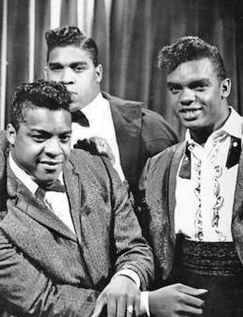 (PHOTO PROVIDED) Haz clic en la imagen de arriba para escuchar algunos de los grandes éxitos de, The Isley Brothers