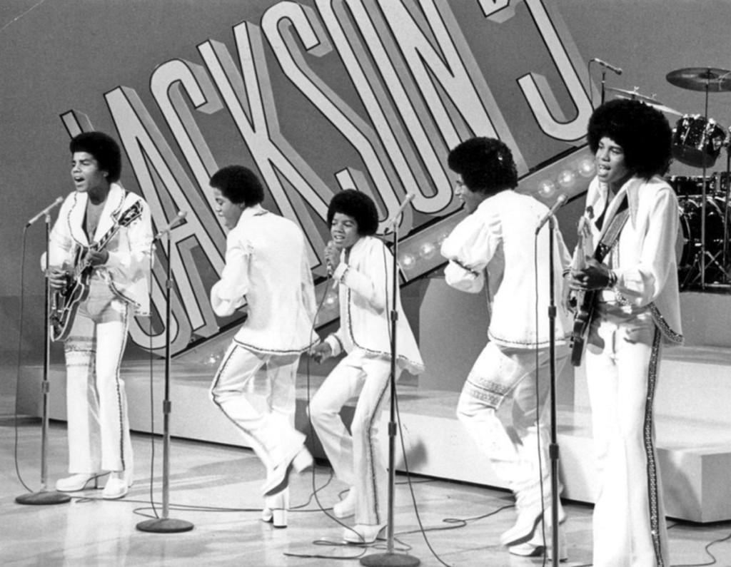 (PHOTO PROVIDED) Haz clic en la imagen superior para escuchar algunos de los grandes éxitos de, The Jackson Five a.k.a. The Jacksons.